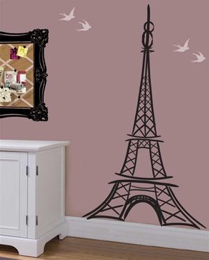 Elegant, Artful Eiffel Tower